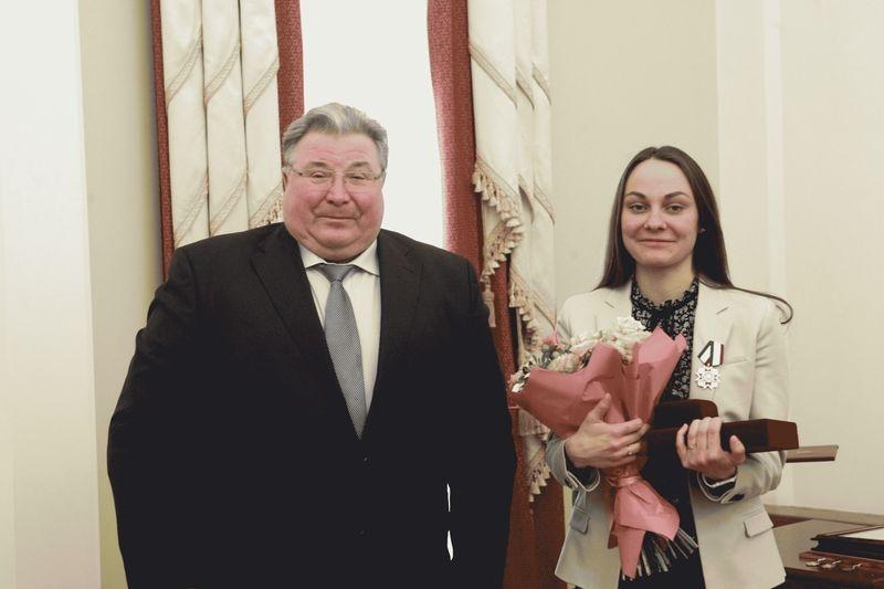 Лыжнице Анастасии Седовой подарили двухкомнатную квартиру вСаранске