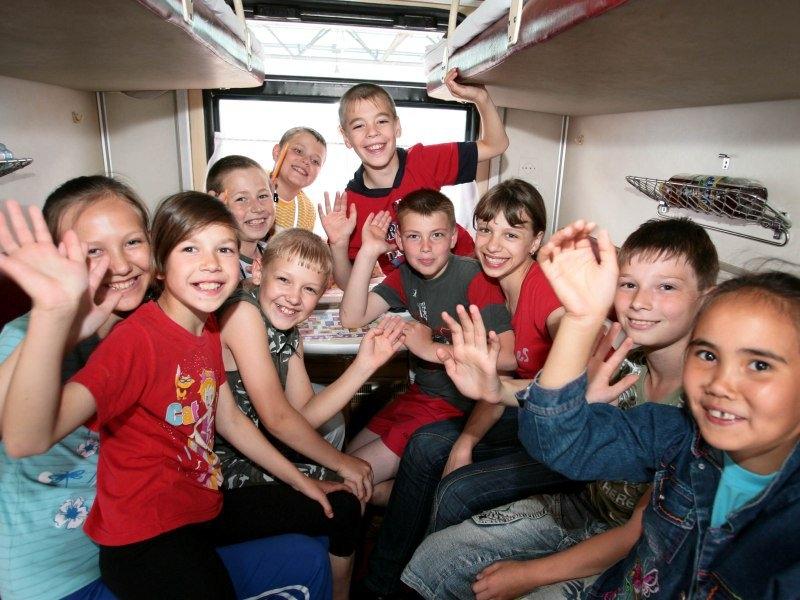 Мордовским школьникам сделают 50%-ную скидку в поездах для проезда на отдых