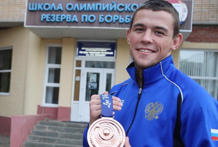 Чемпион Европы: Артем Сурков