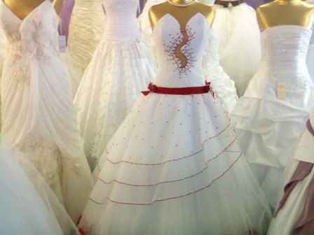 Свадебные салоны в Саранске. Свадебные товары, платья