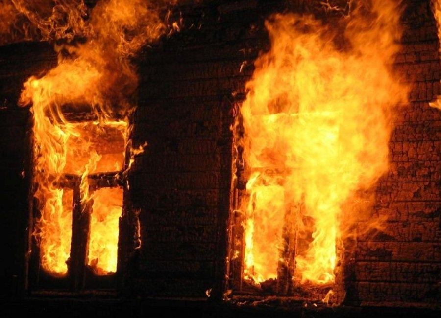 Мощный пожар  вМордовии: погибла женщина