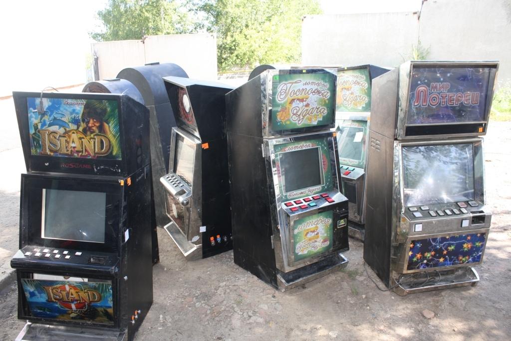 Вподпольном игровом клубе саранские полицейские изъяли 11 игровых автоматов