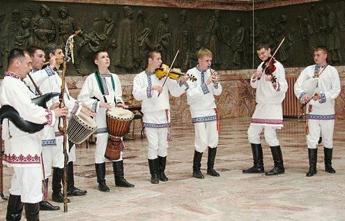 Ансамбль «Торама» поборется зазвание лучшего коллектива вобласти этнической музыки