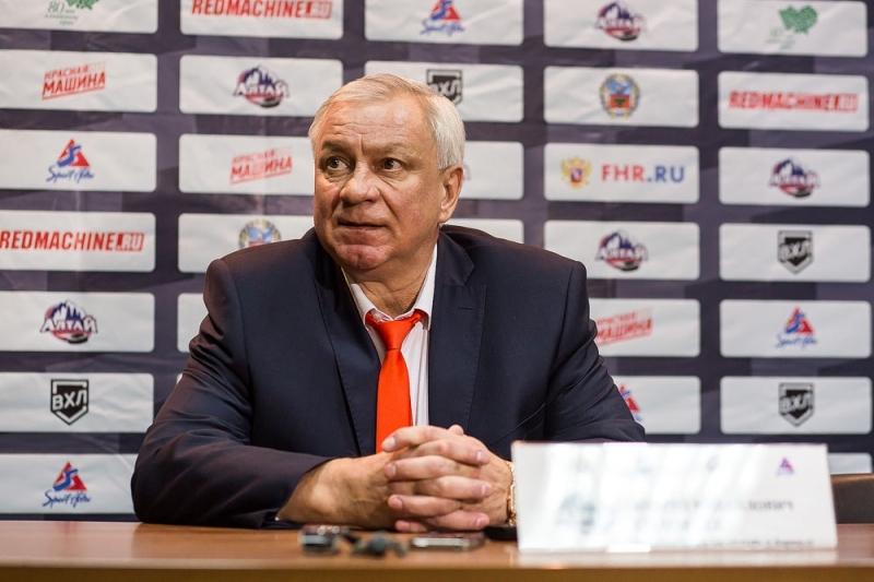 Хоккеисты «Мордовии» сразгромным счетом выиграли у«Алтая»