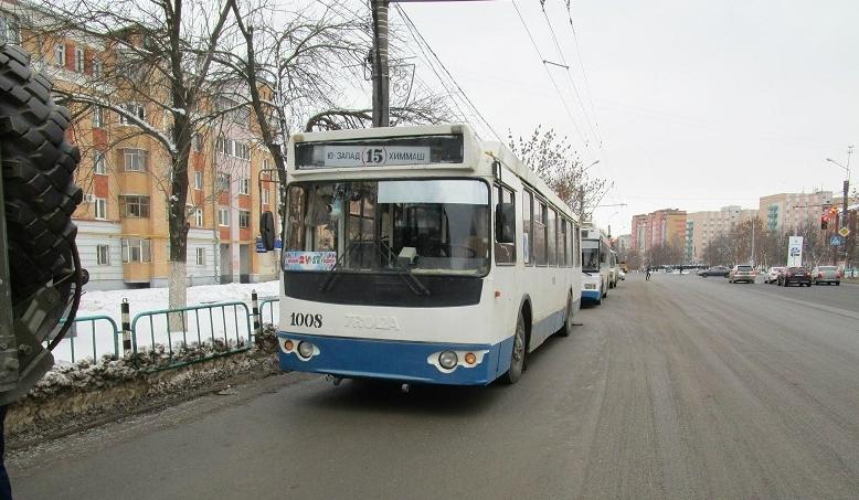 ВСаранске находу развалился троллейбус: пострадал несовершеннолетний