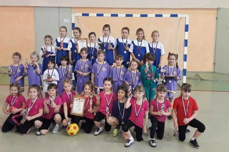 Юные мини-футболистки из Мордовии победили на турнире в Нижегородской области