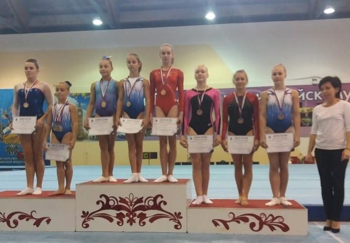 Мордовские гимнасты с успехом выступили на соревнованиях «Сурская осень»